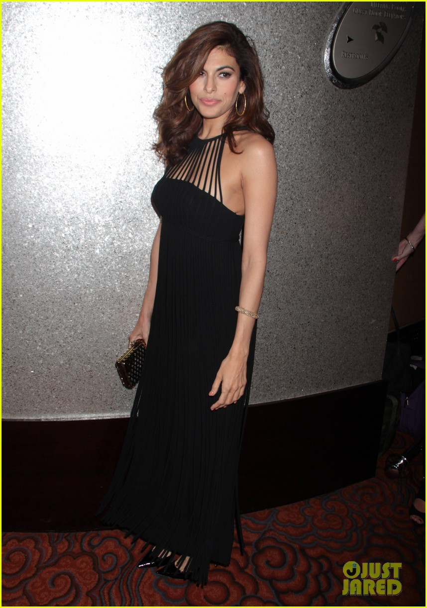 eva mendes icons of style awards in new york city 062955757
