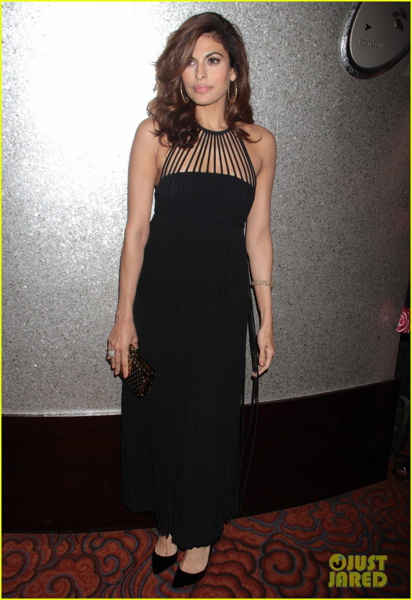 eva mendes icons of style awards in new york city 102955761