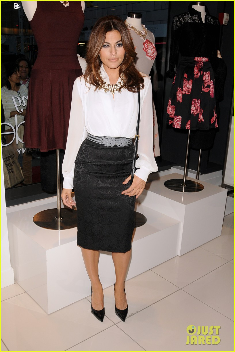 eva mendes launches her new york company clothing line 012954827