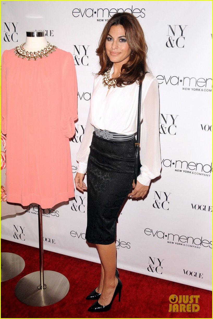 eva mendes launches her new york company clothing line 052954831