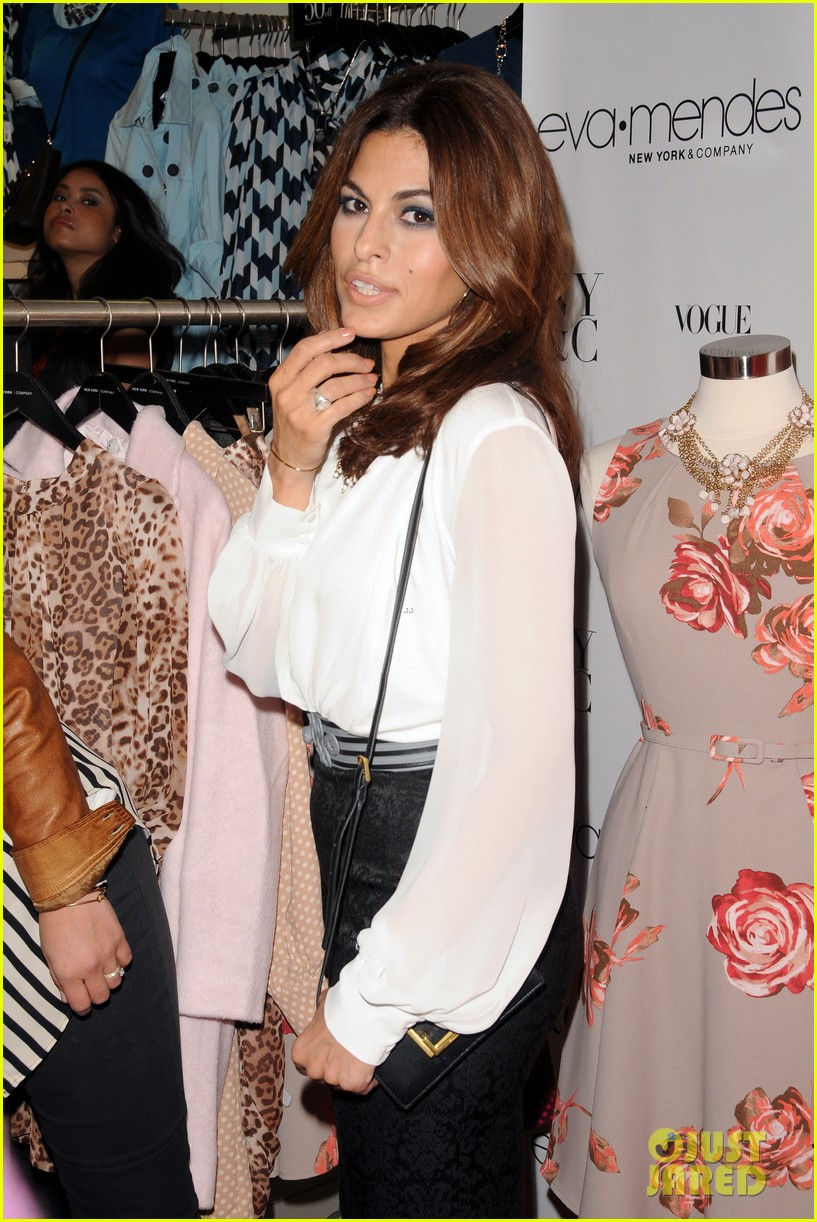 eva mendes launches her new york company clothing line 132954839