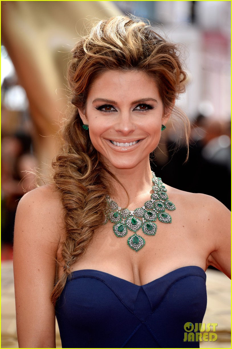maria menounos mario lopez emmys 2013 red carpet 02