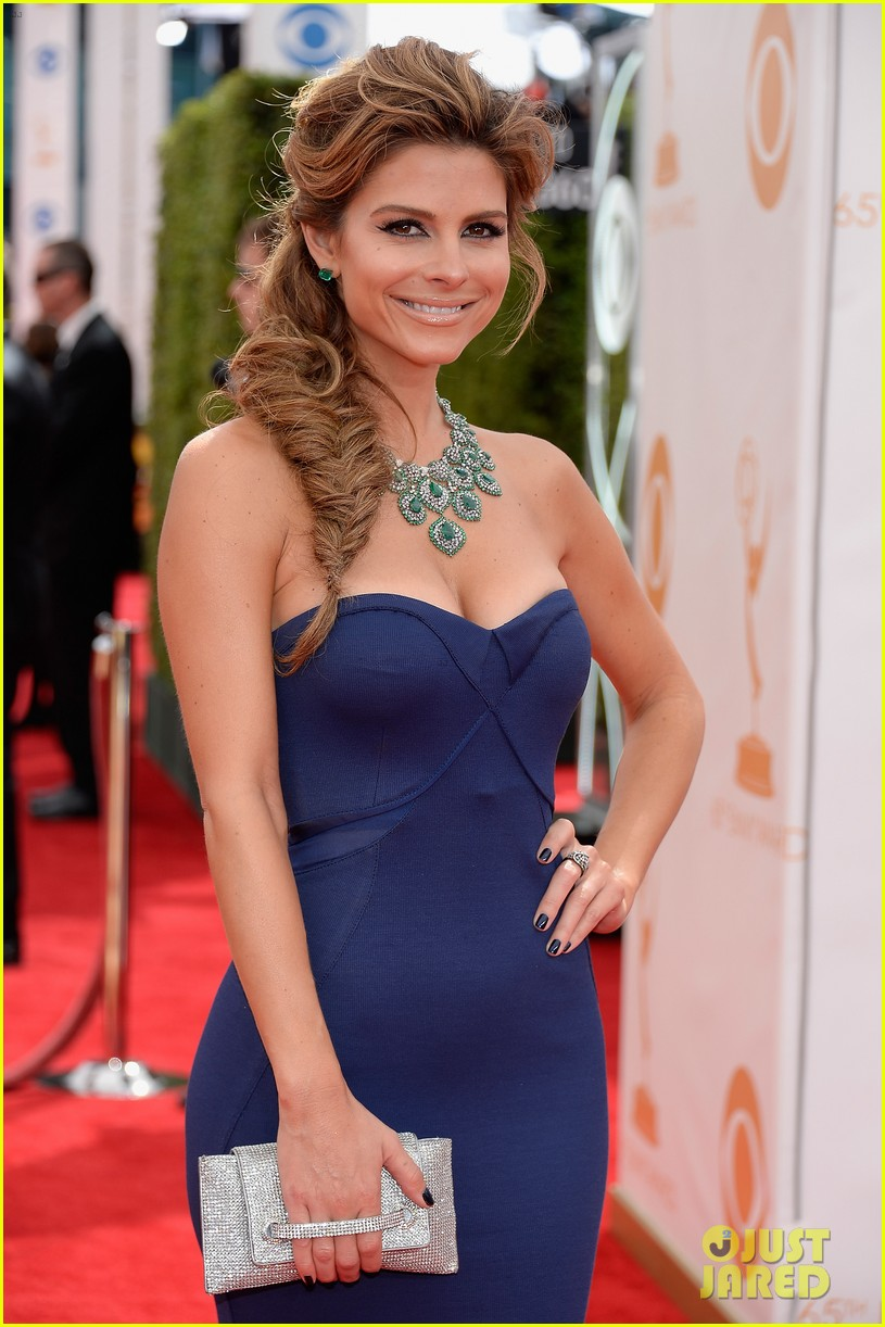 maria menounos mario lopez emmys 2013 red carpet 07