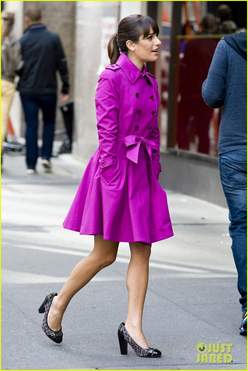 lea michele films glee in new york city first photos 012948216