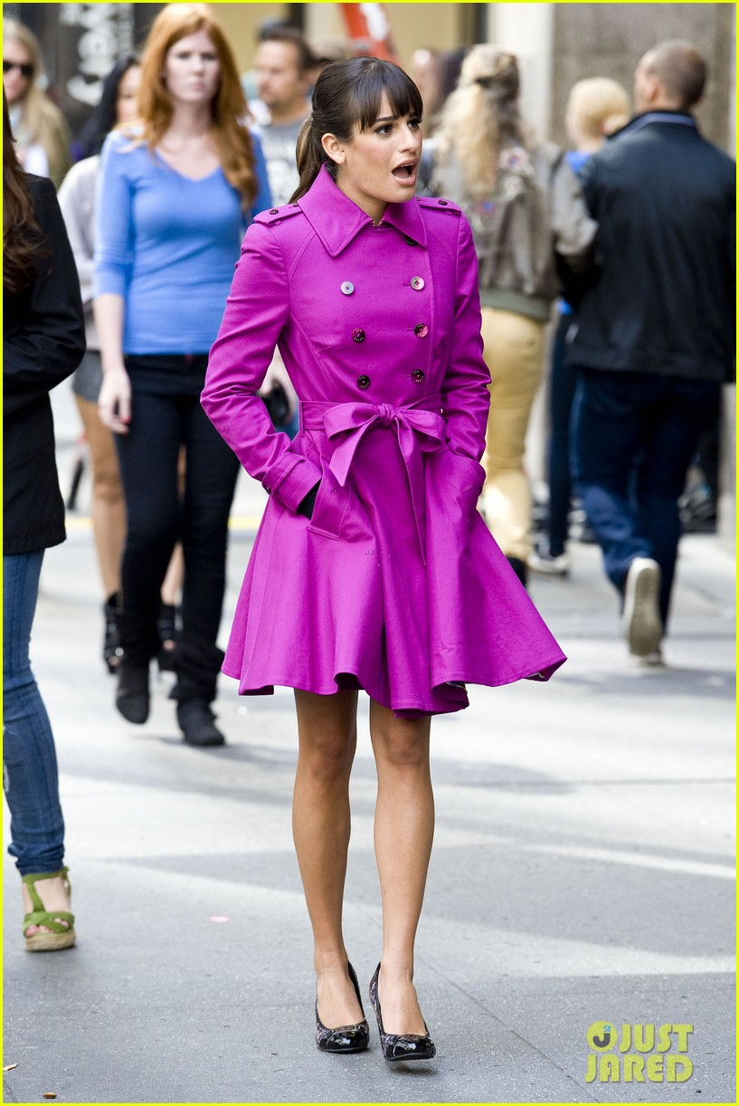 lea michele films glee in new york city first photos 03