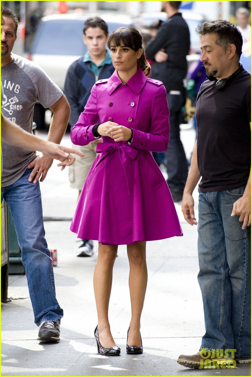 lea michele films glee in new york city first photos 05