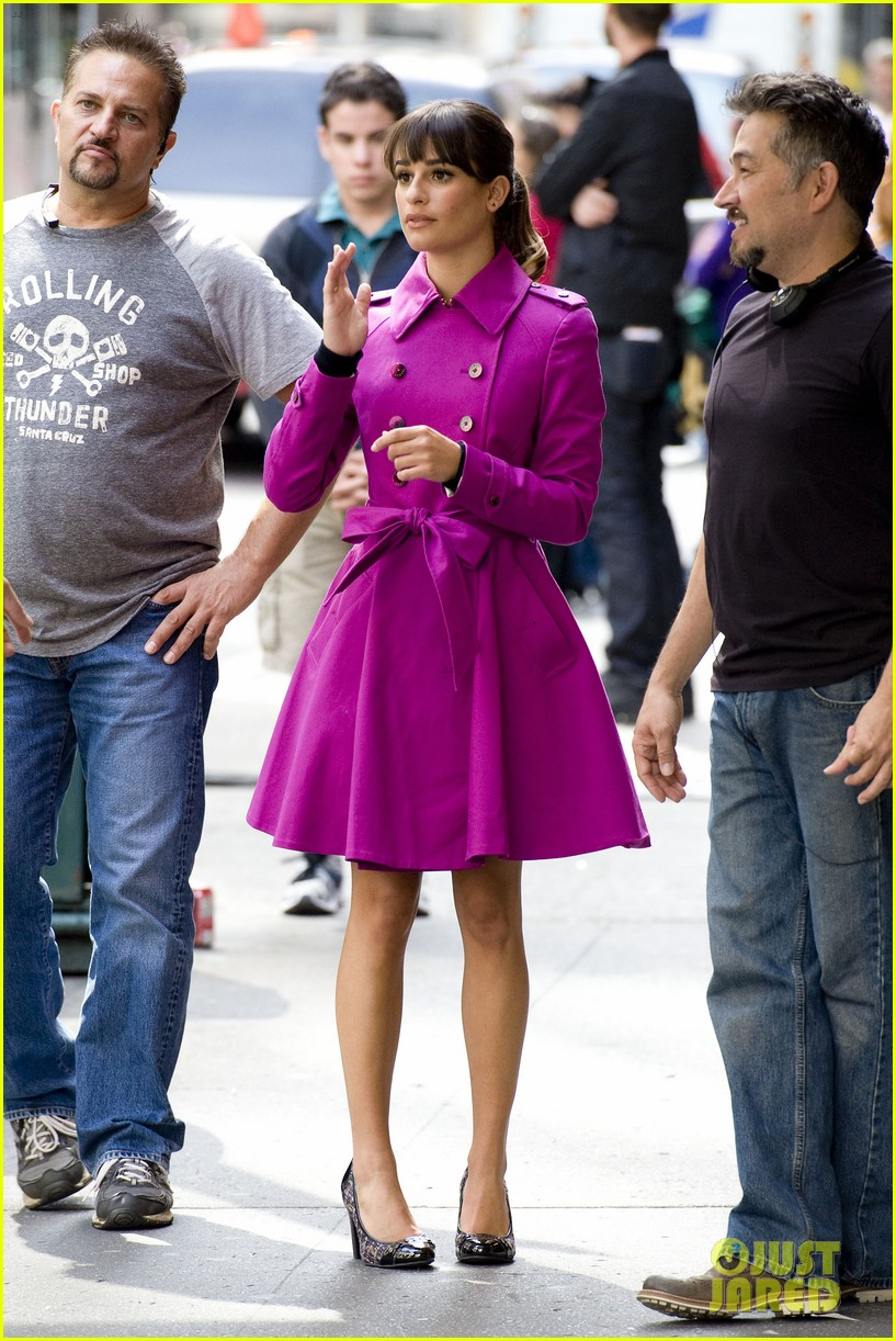 lea michele films glee in new york city first photos 062948221