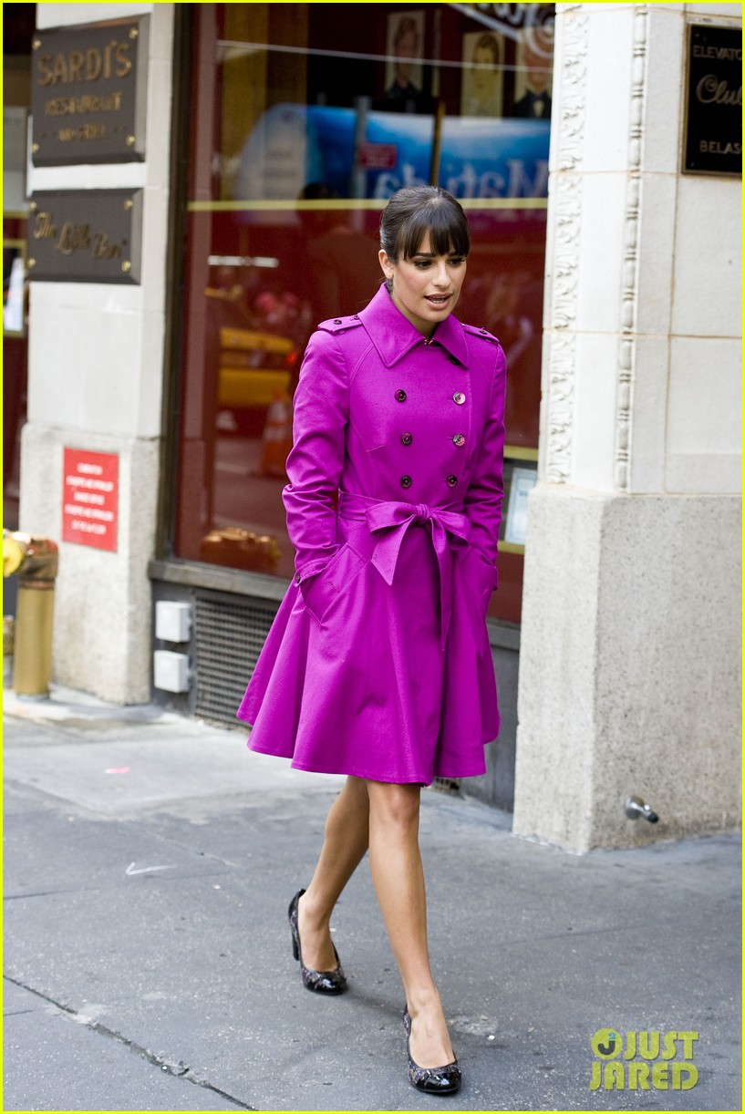lea michele films glee in new york city first photos 132948228