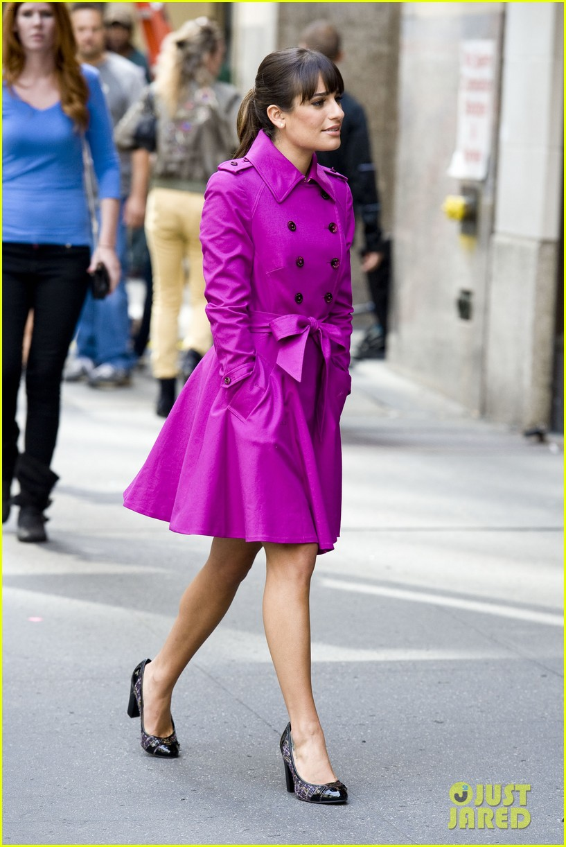 lea michele films glee in new york city first photos 142948229