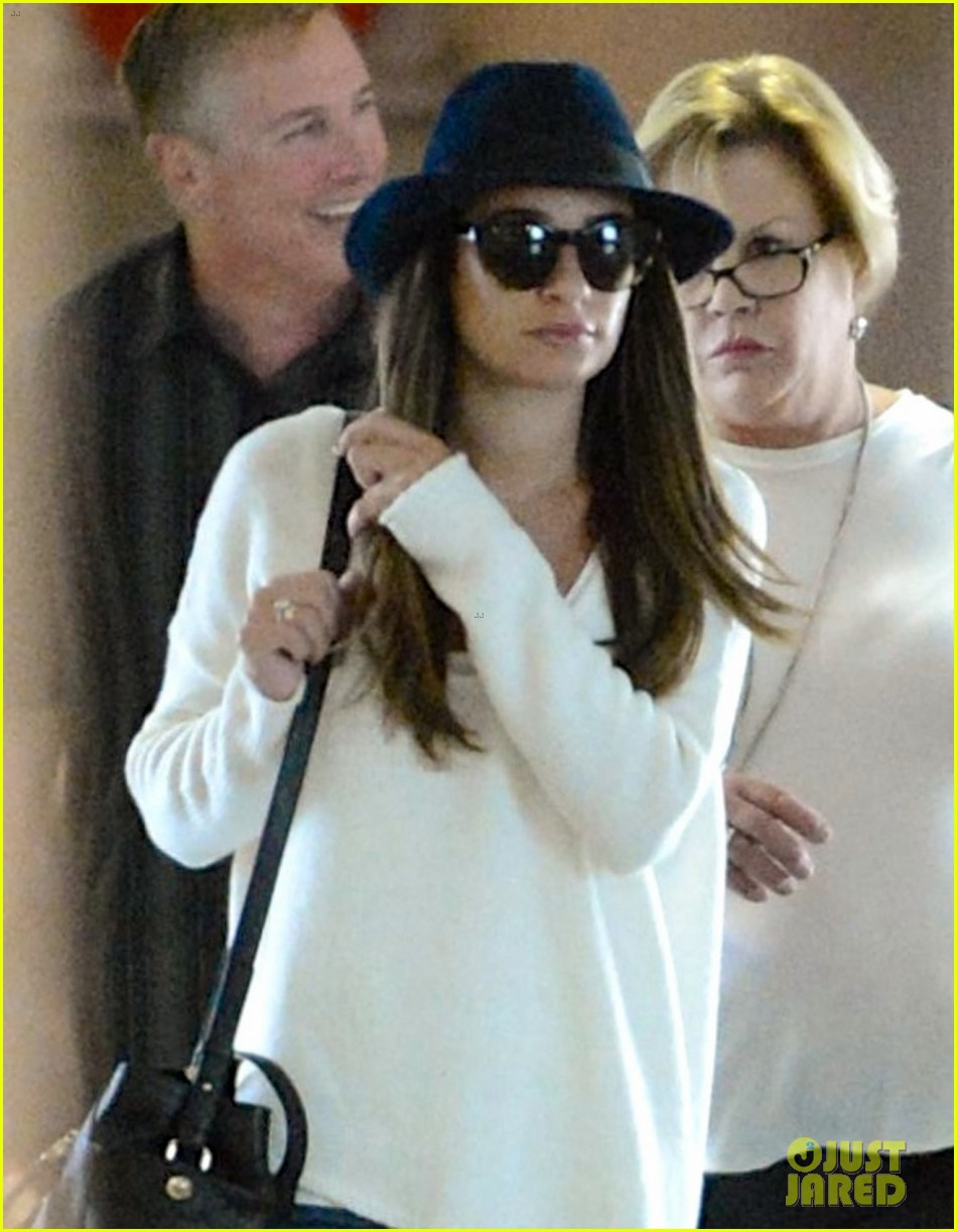 lea michele lands in los angeles after new york trip 02