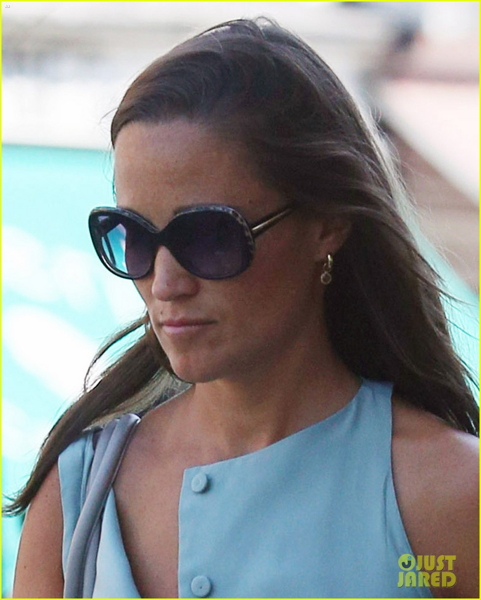 pippa middleton steps out after false engagement rumors 032943896