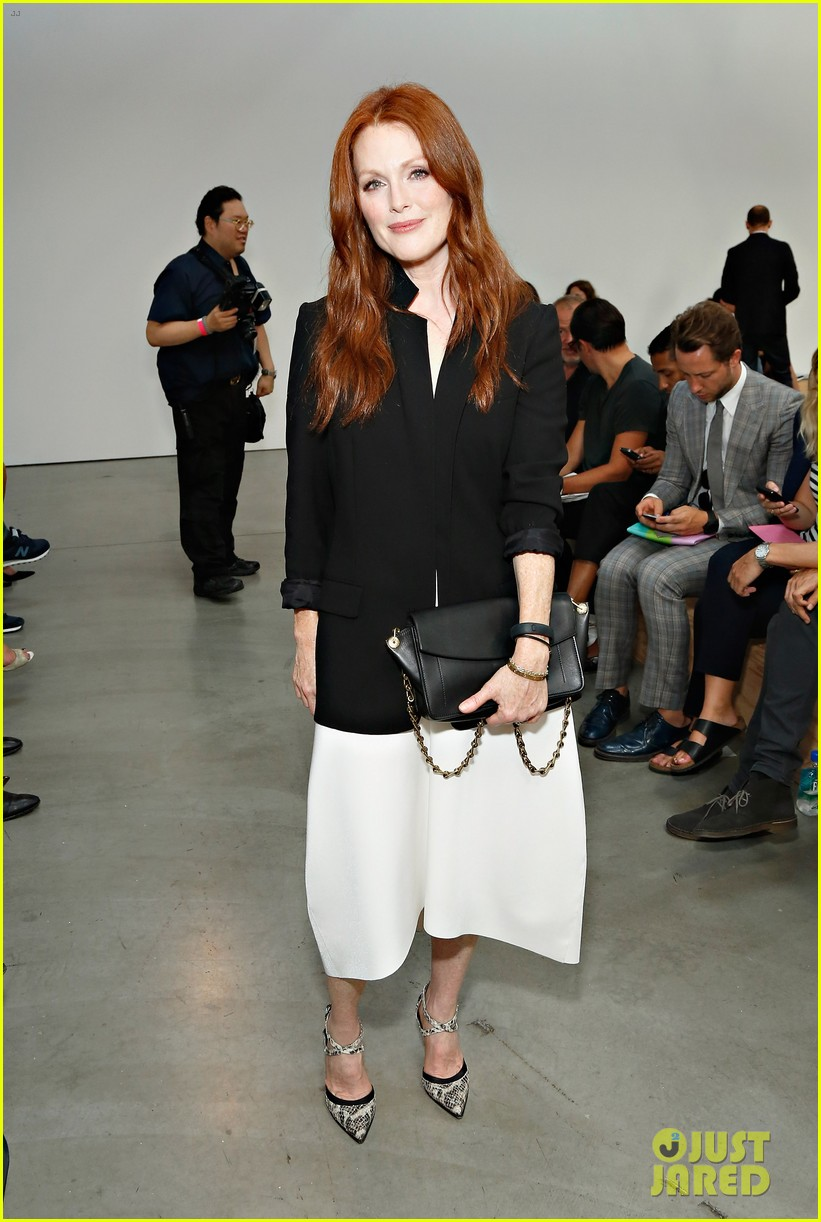 julianne moore allison williams reed krakoff fashion show 03