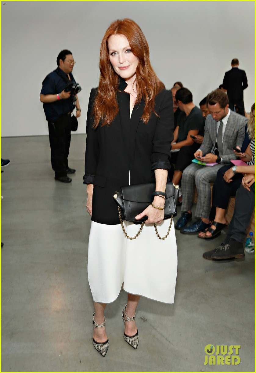 julianne moore allison williams reed krakoff fashion show 07