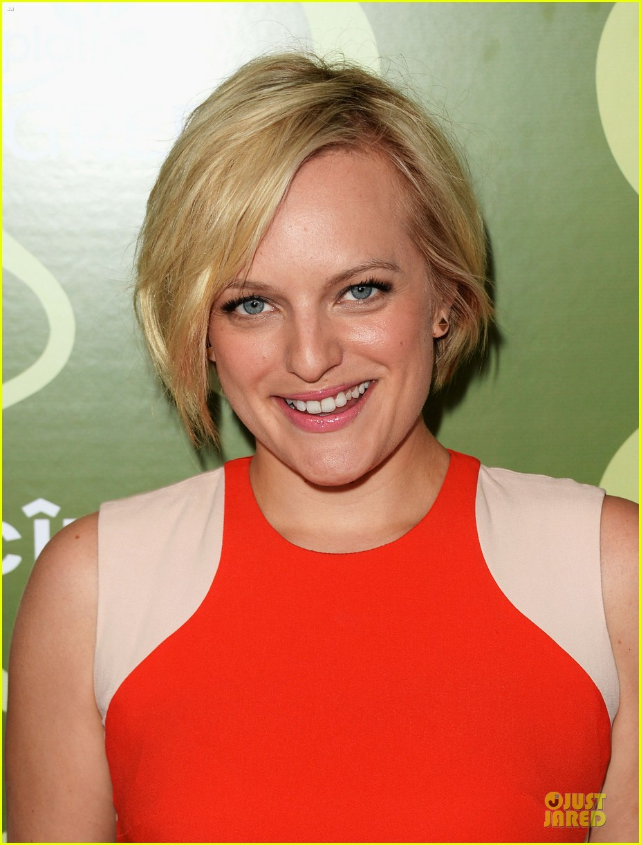 elisabeth moss jessica pare variety pre emmy party 11