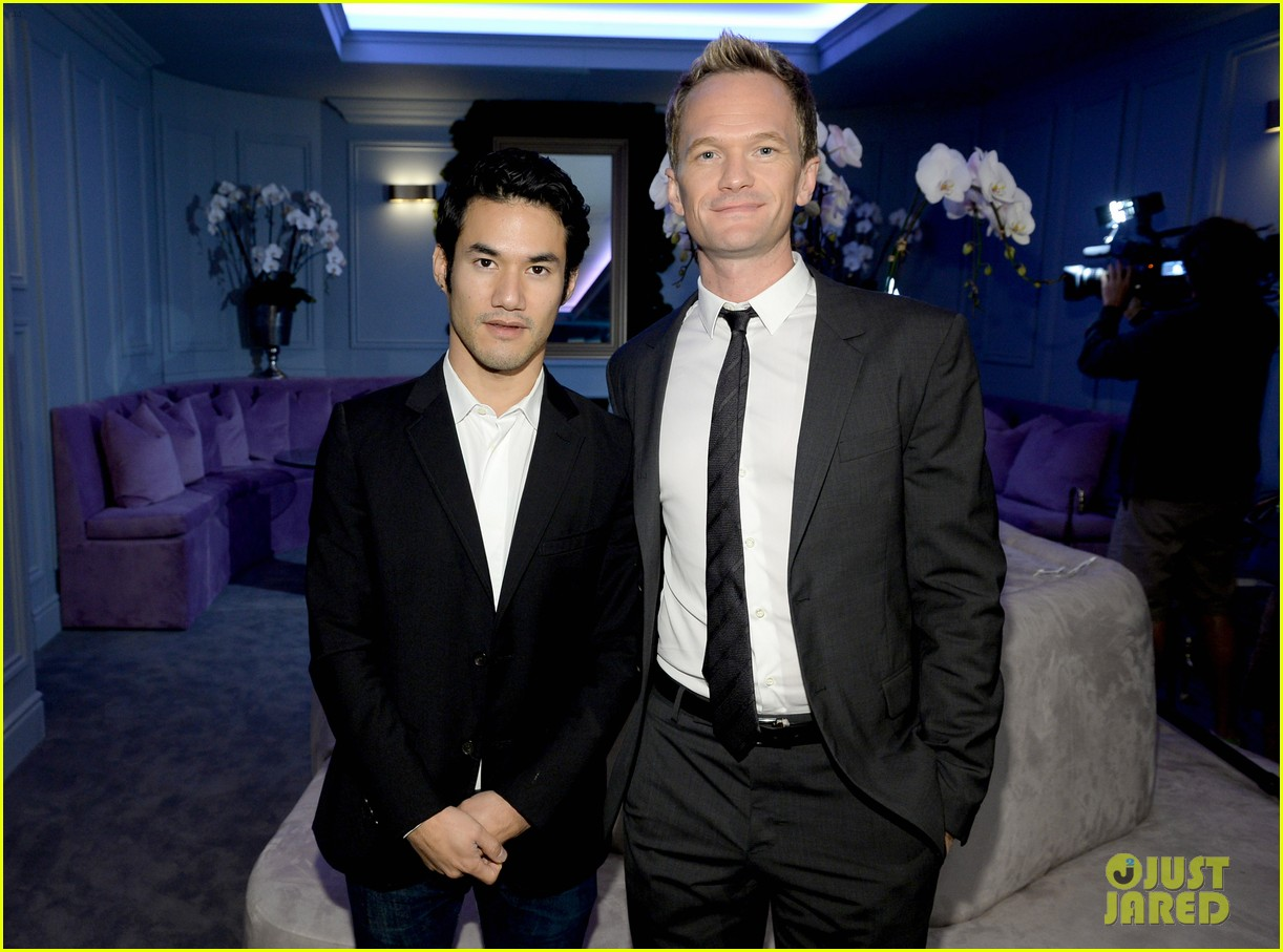 neil patrick harris rolls out the emmy awards red carpet 022954794