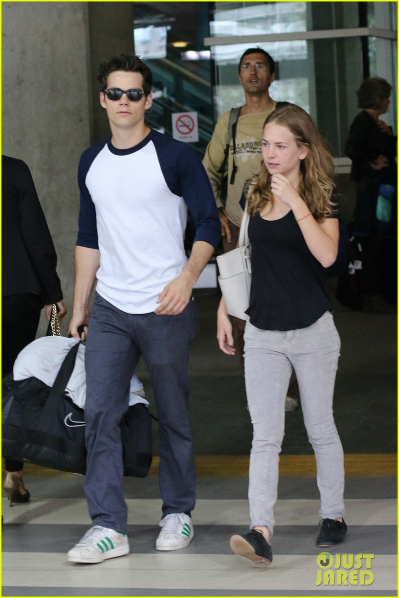 dylan obrien visits britt robertson in vancouver 012952495