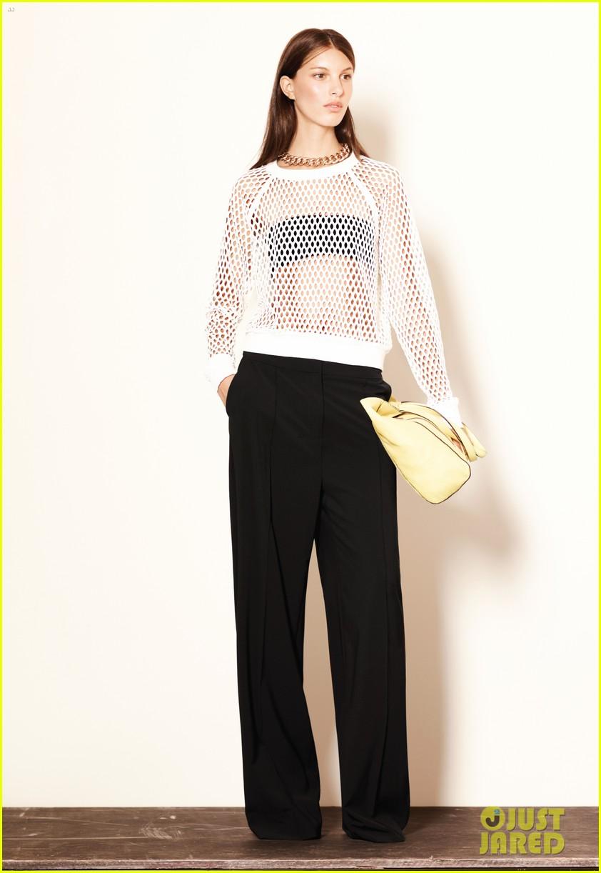 mary kate ashley olsen elizabeth james fashion show 012950874