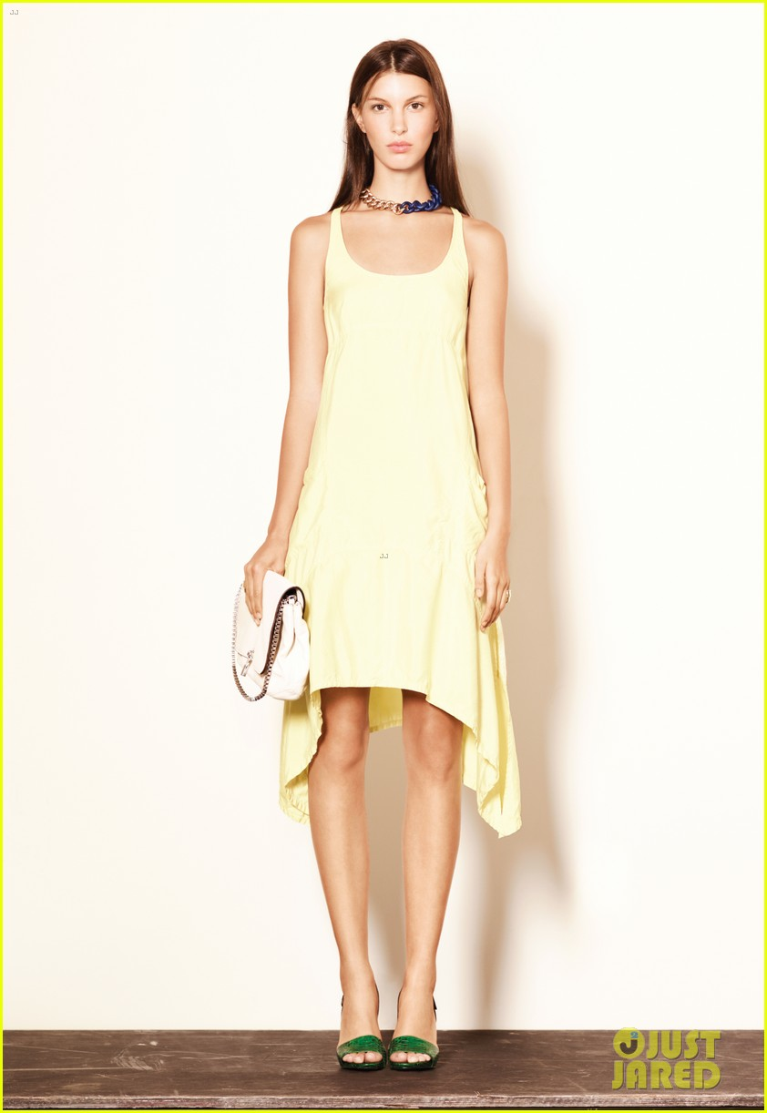 mary kate ashley olsen elizabeth james fashion show 092950882
