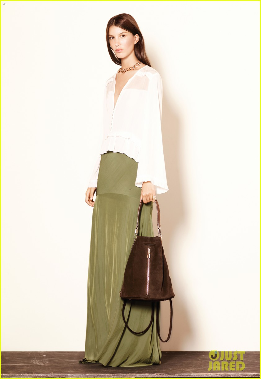 mary kate ashley olsen elizabeth james fashion show 132950886