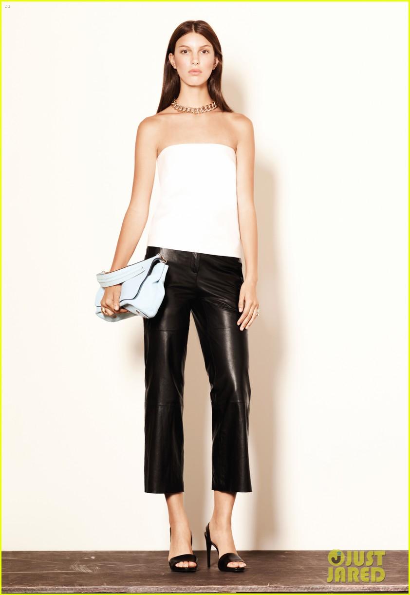 mary kate ashley olsen elizabeth james fashion show 232950896