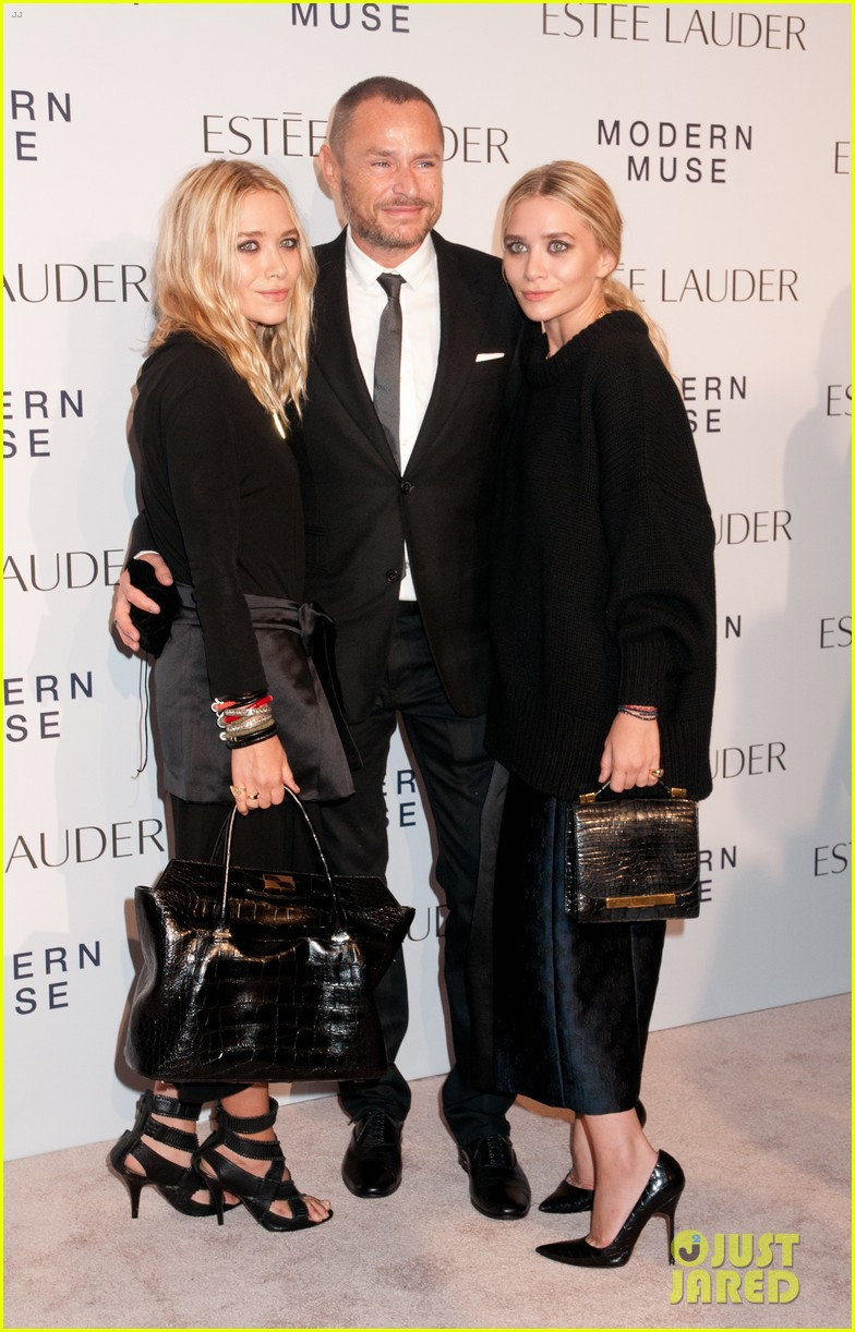 mary kate ashley olsen estee lauder fragrance launch 032951170
