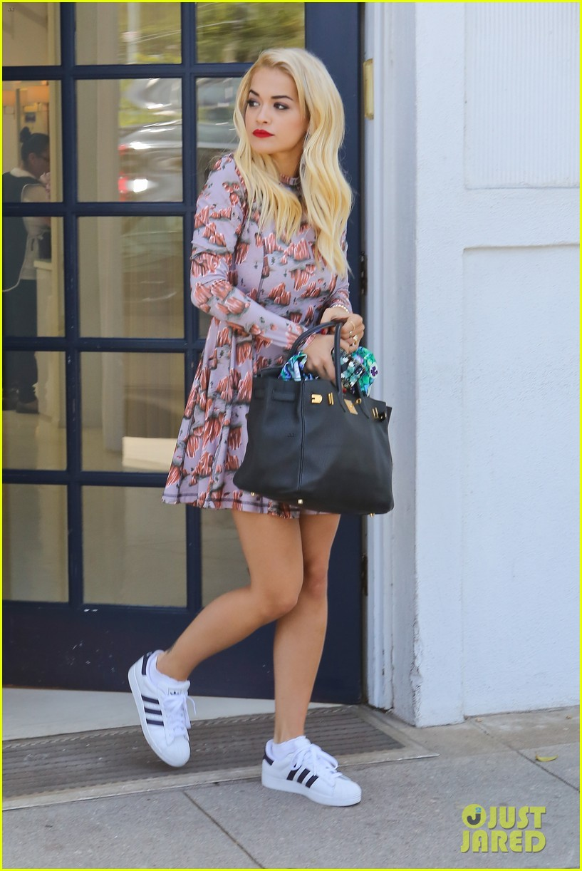 rita ora visits the salon after studio time with calvin harris 122955922