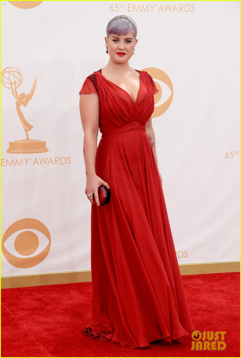 kelly osbourne giuliana rancic emmys 2013 red carpet 112957880
