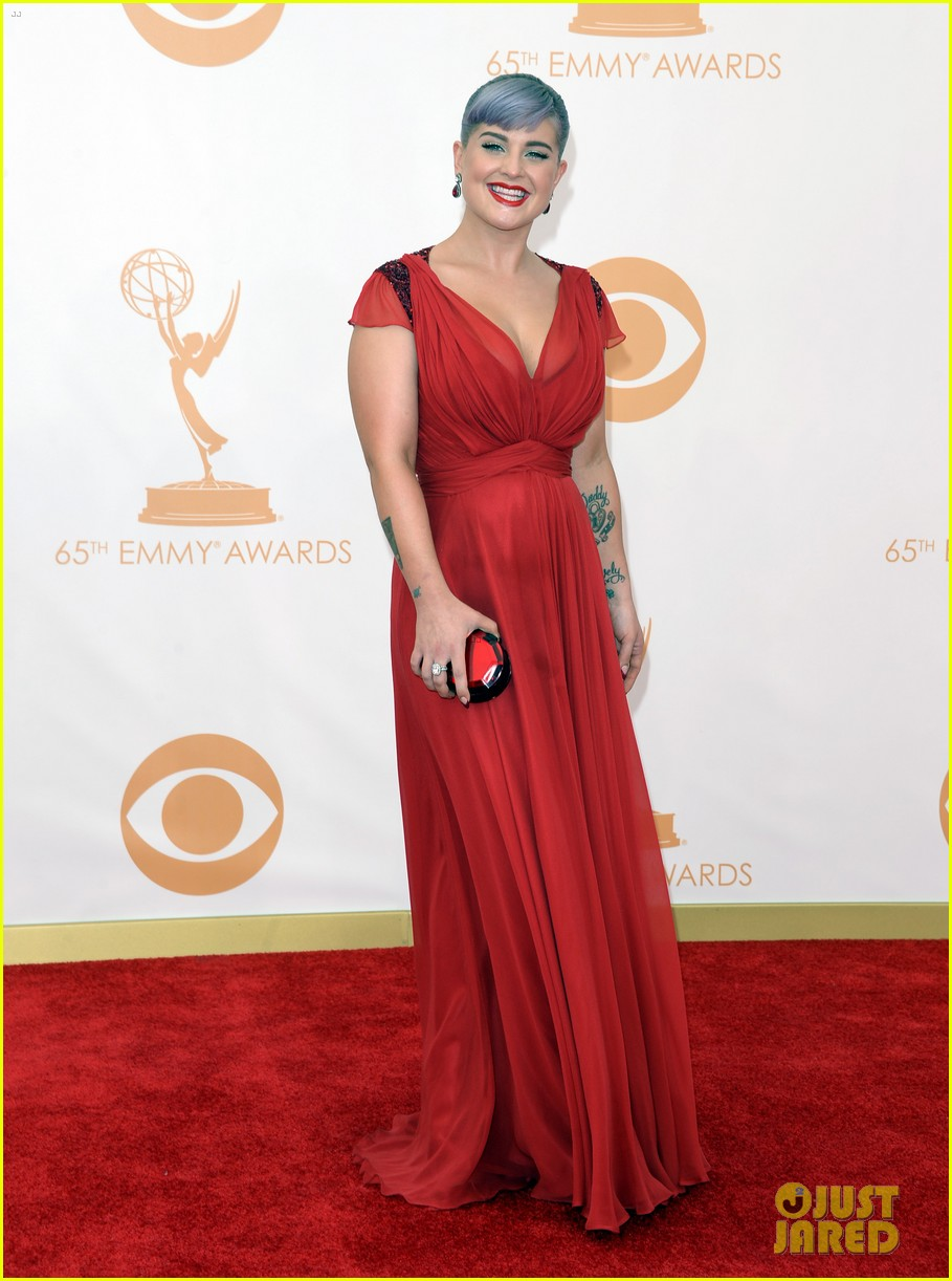 kelly osbourne giuliana rancic emmys 2013 red carpet 132957882