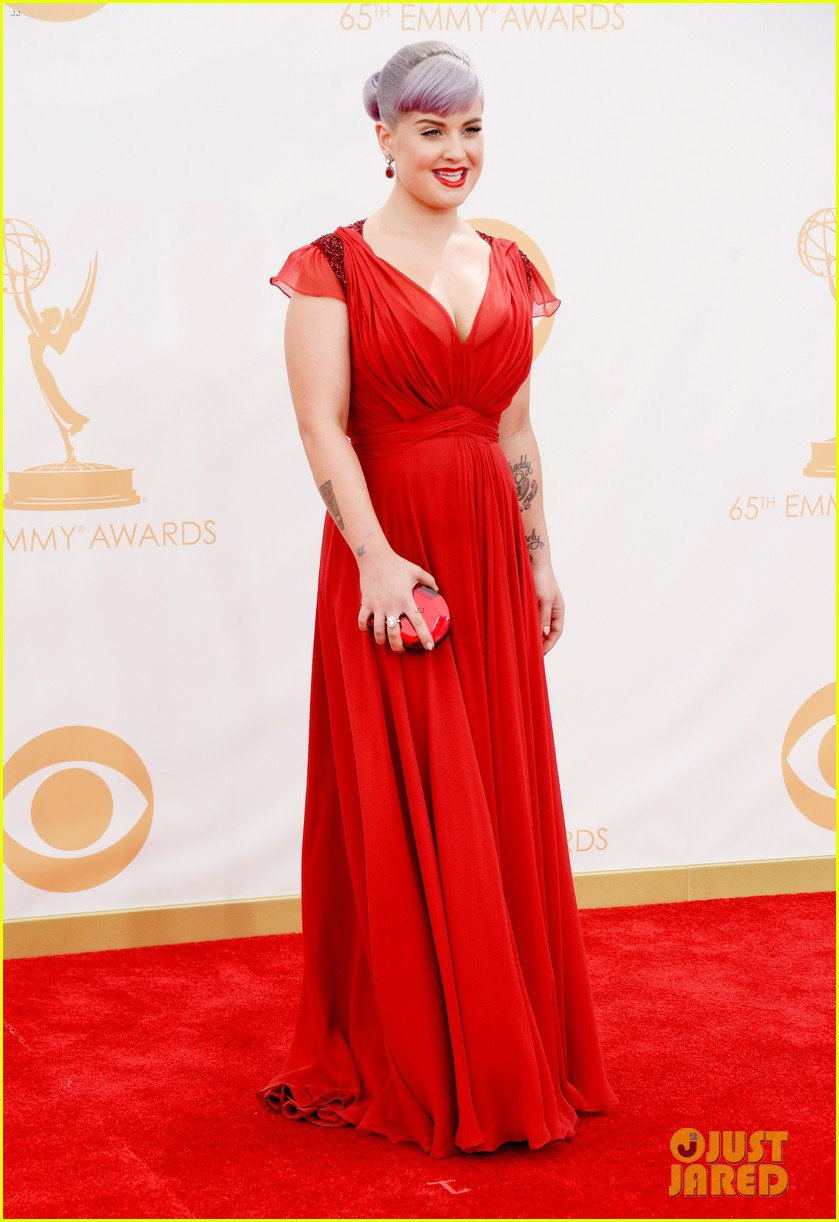 kelly osbourne giuliana rancic emmys 2013 red carpet 152957884