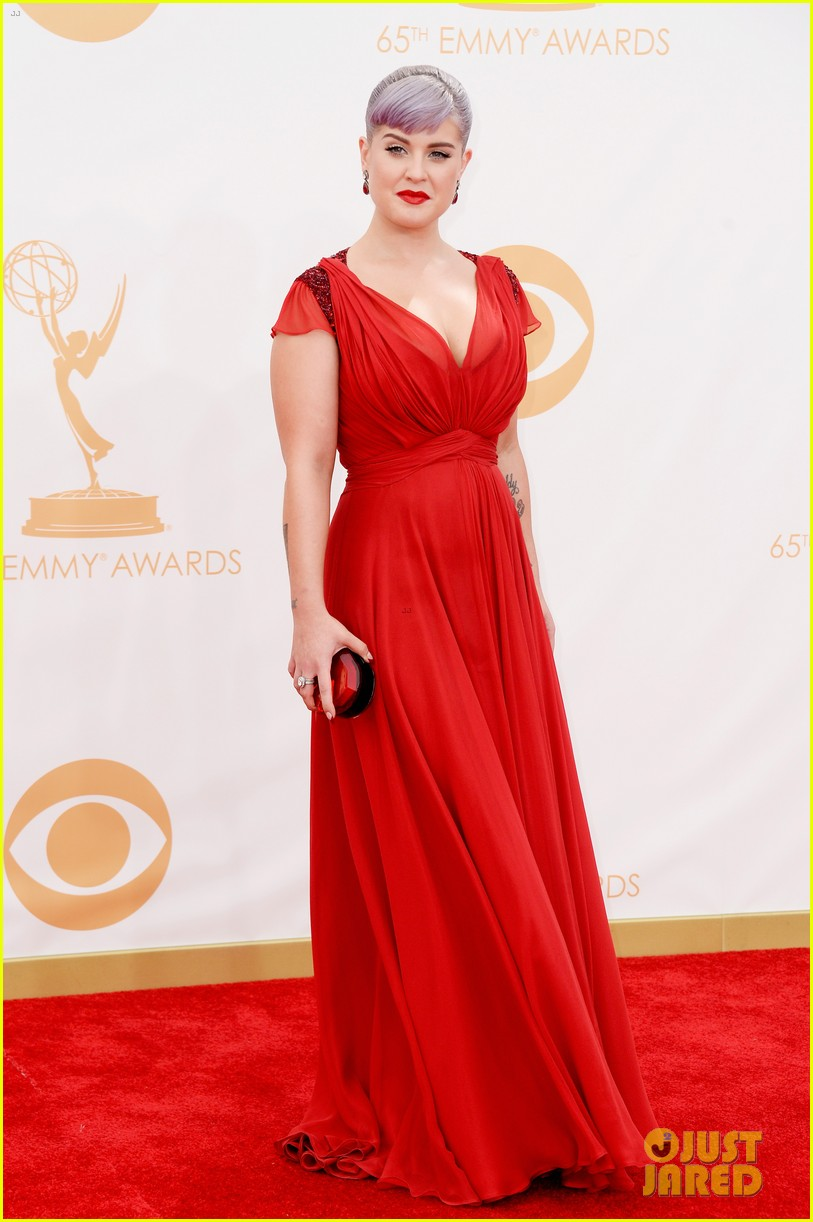 kelly osbourne giuliana rancic emmys 2013 red carpet 172957886