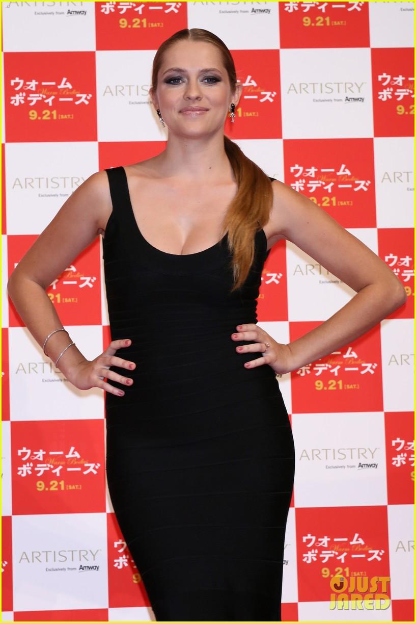 teresa palmer warm bodies japan premiere 092948121