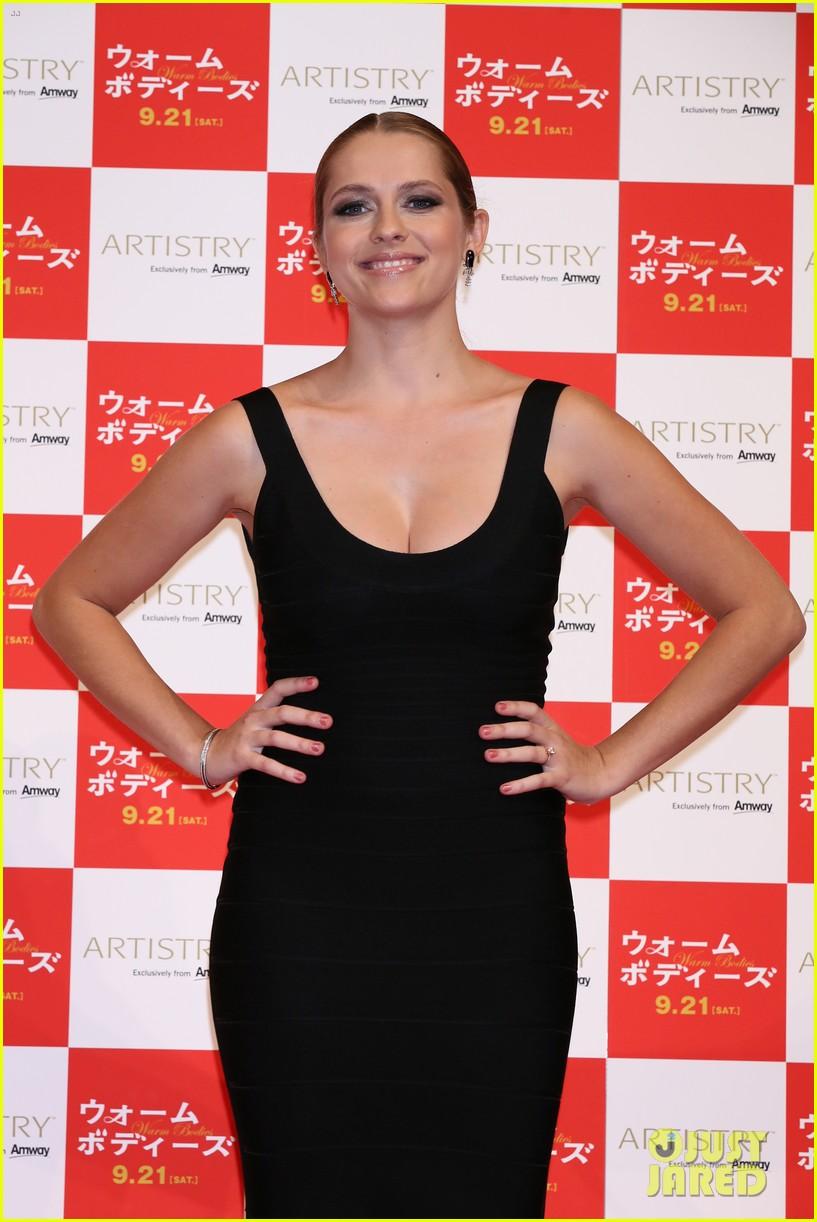 teresa palmer warm bodies japan premiere 132948125