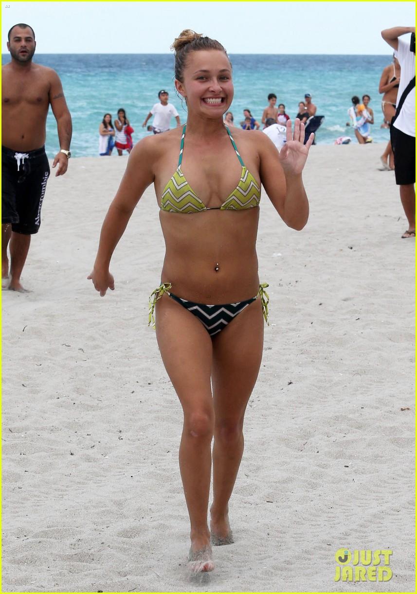 hayden panettiere bikini babe for labor day weekend 012941885