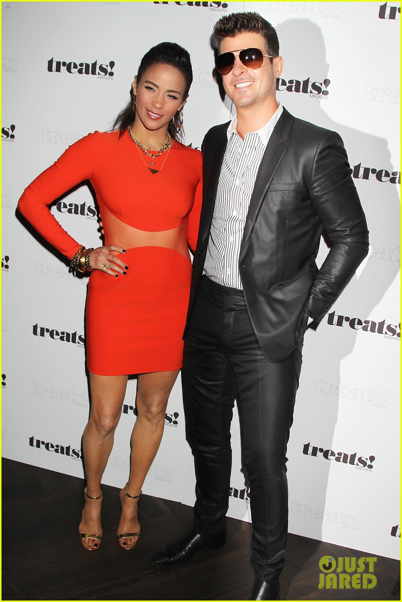 paula patton kisses robin thicke at his album release party 10