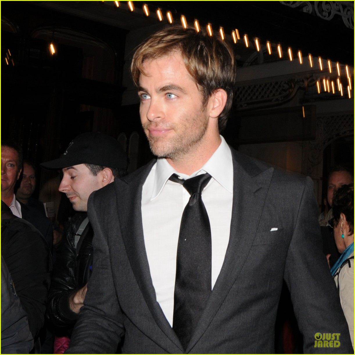 chris pine a midsummer night dream press night 042954436