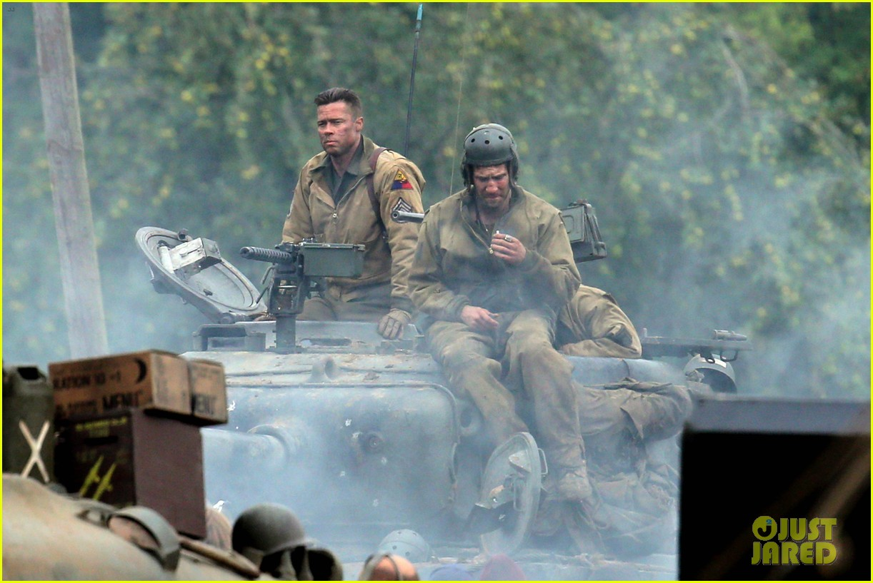 brad pitt rocks slicked back hair army outfit on fury set 022963192