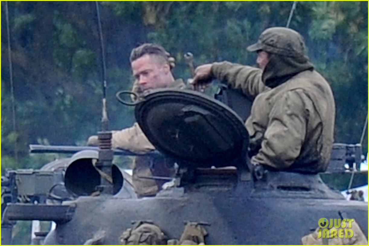 brad pitt rocks slicked back hair army outfit on fury set 08