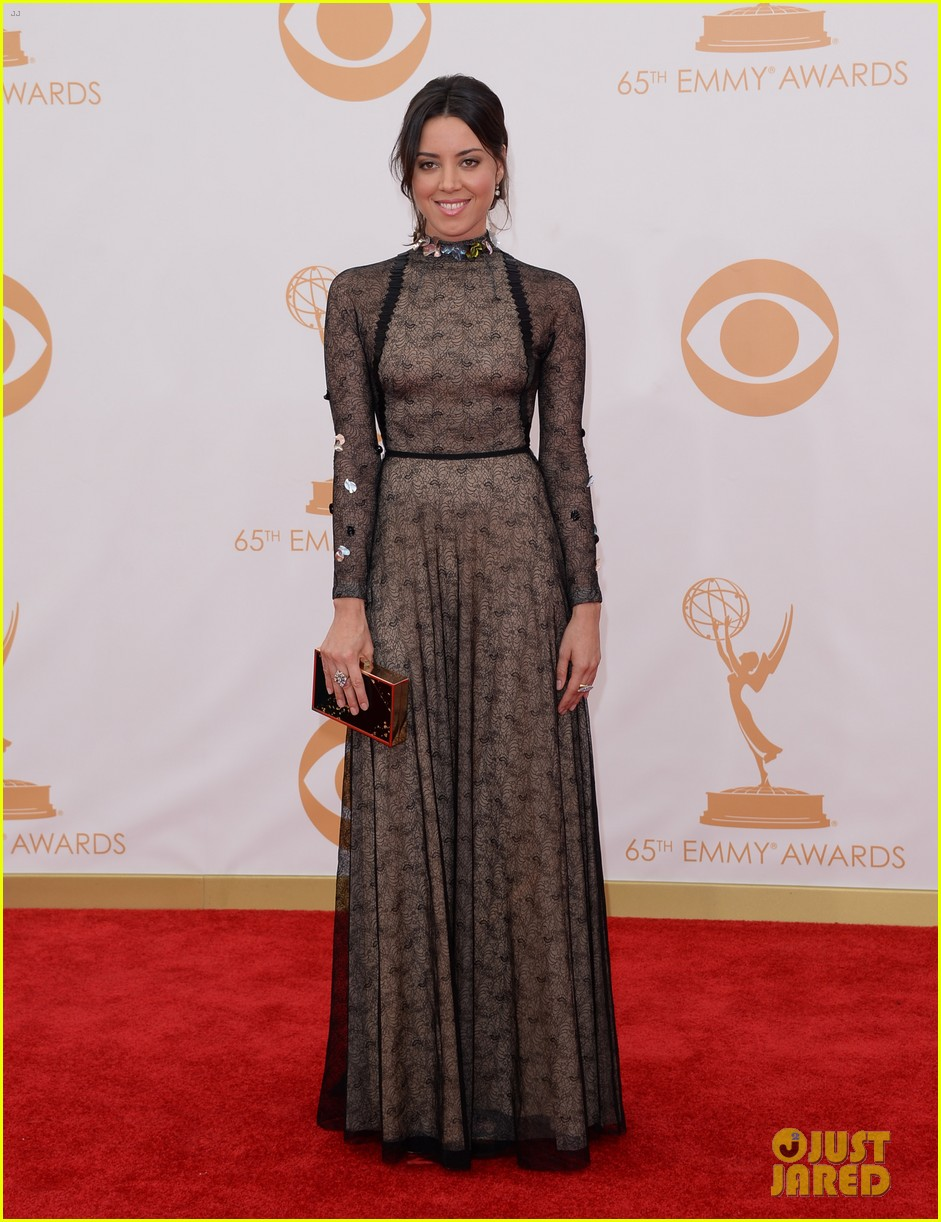 aubrey plaza emmys 2013 red carpet 012957950