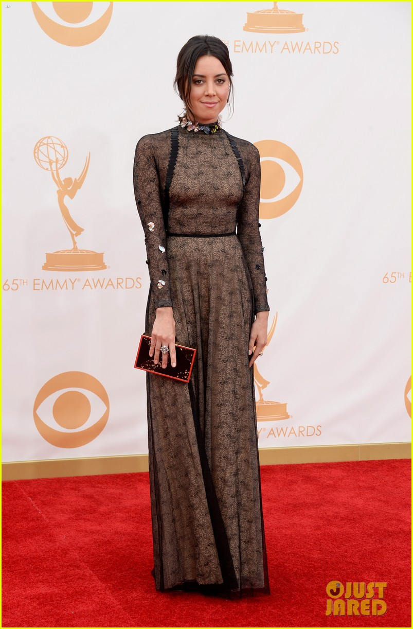 aubrey plaza emmys 2013 red carpet 032957952