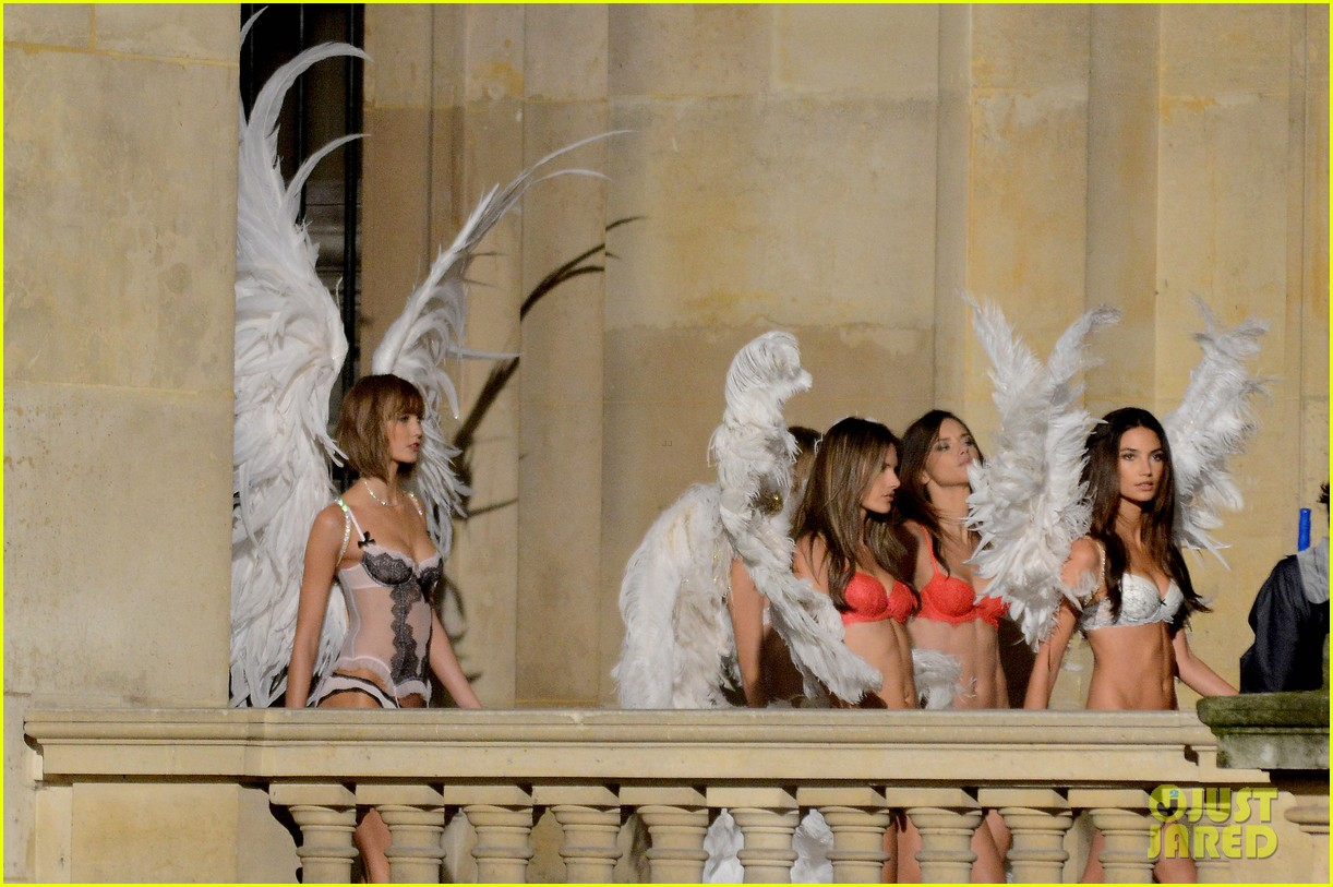 behati prinsloo lily aldridge vs angels louvre shoot 052954554