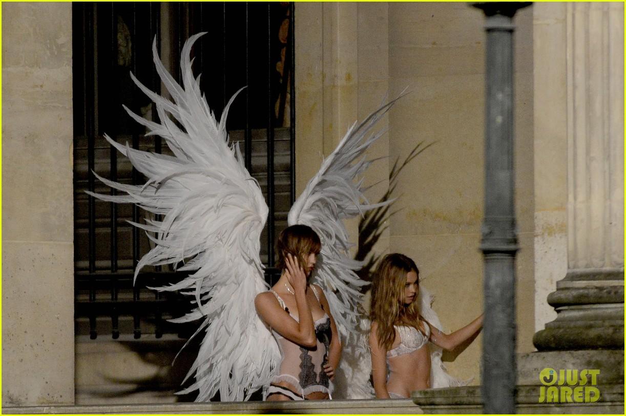 behati prinsloo lily aldridge vs angels louvre shoot 062954555