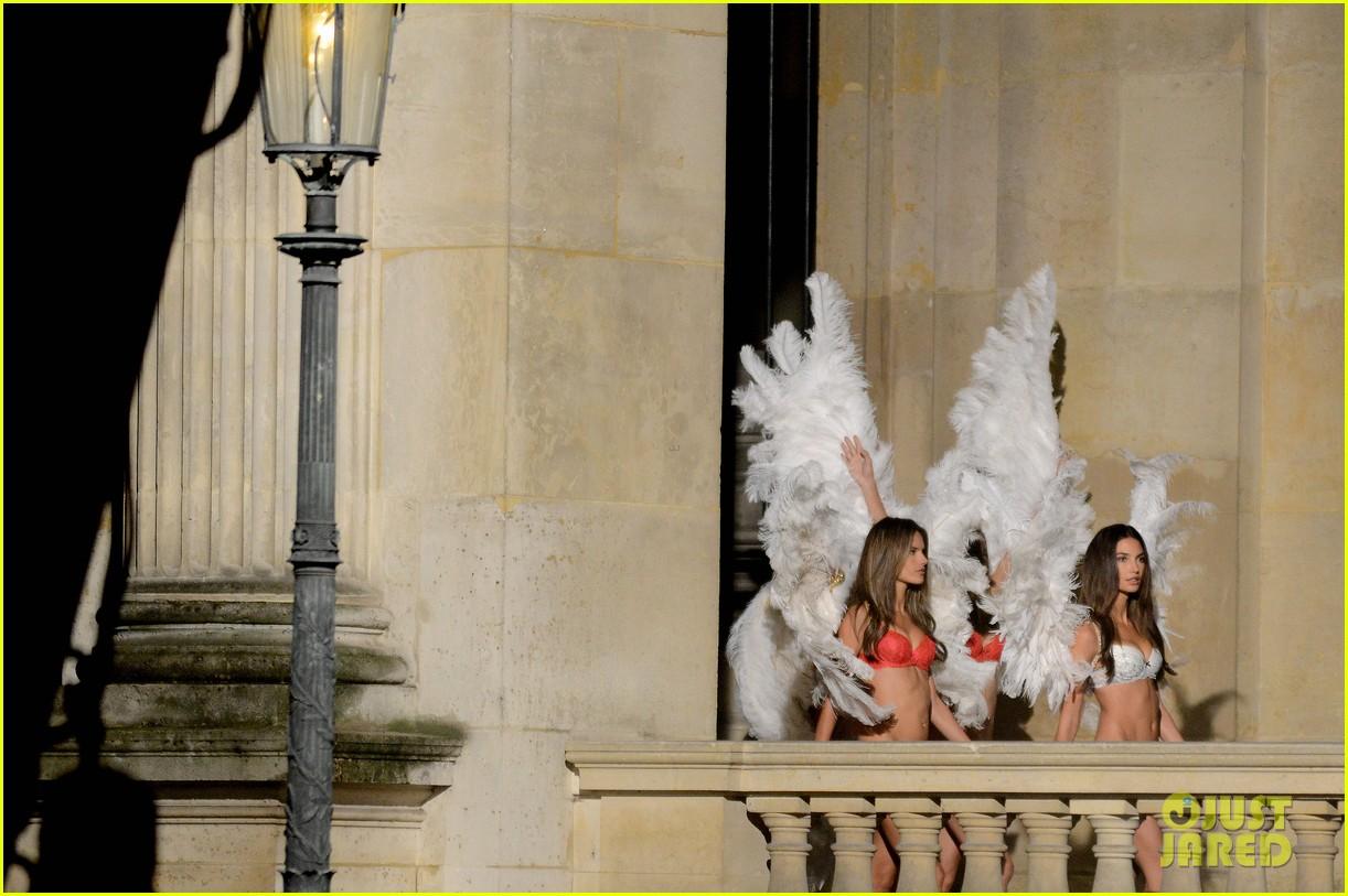 behati prinsloo lily aldridge vs angels louvre shoot 172954566