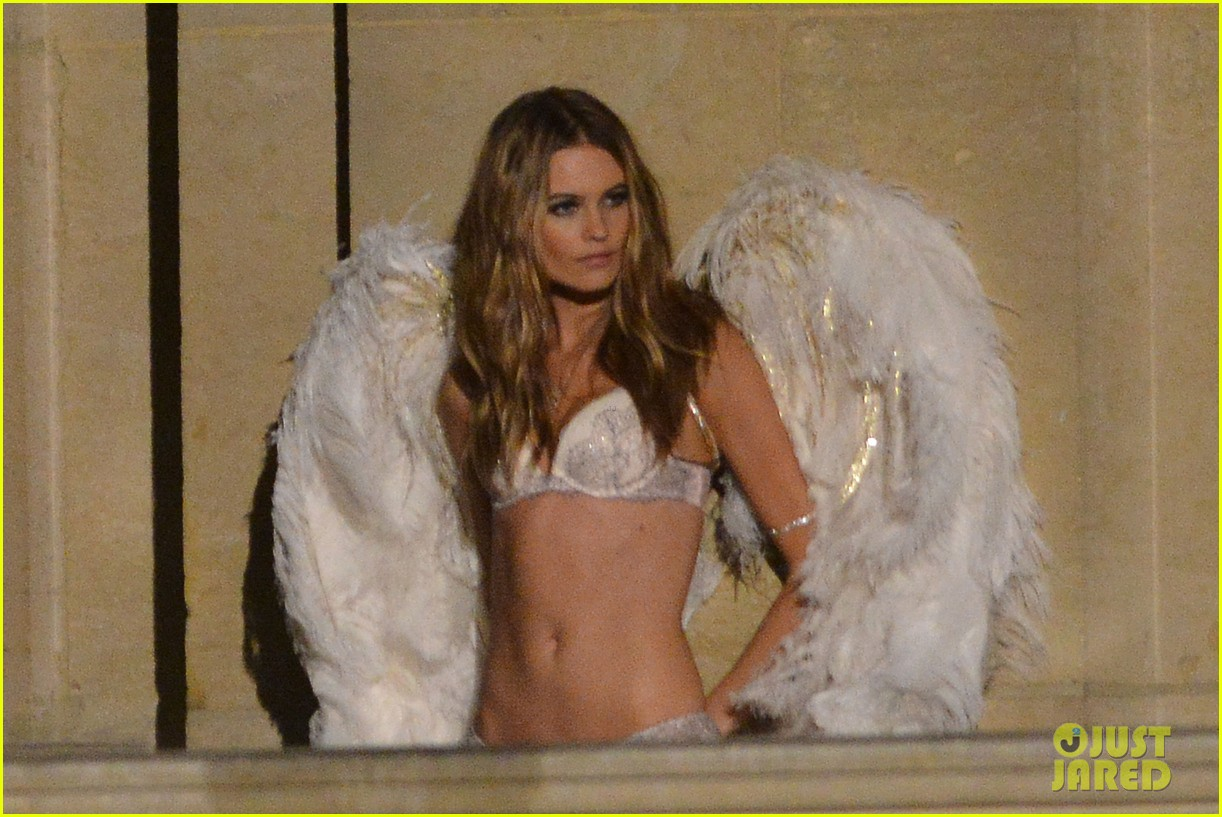 behati prinsloo lily aldridge vs angels louvre shoot 202954569
