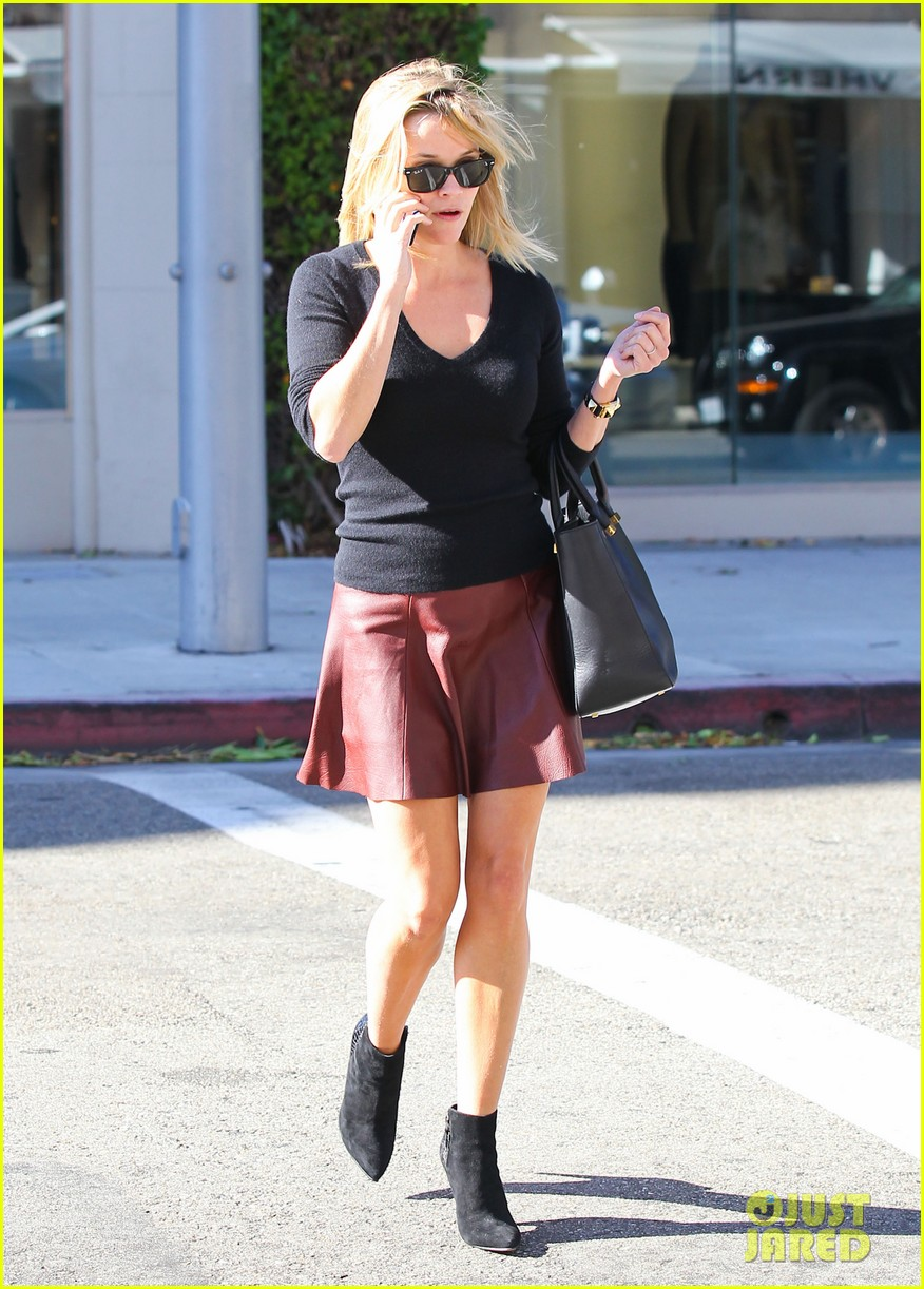reese witherspoon does outfit change in beverly hills 052961052