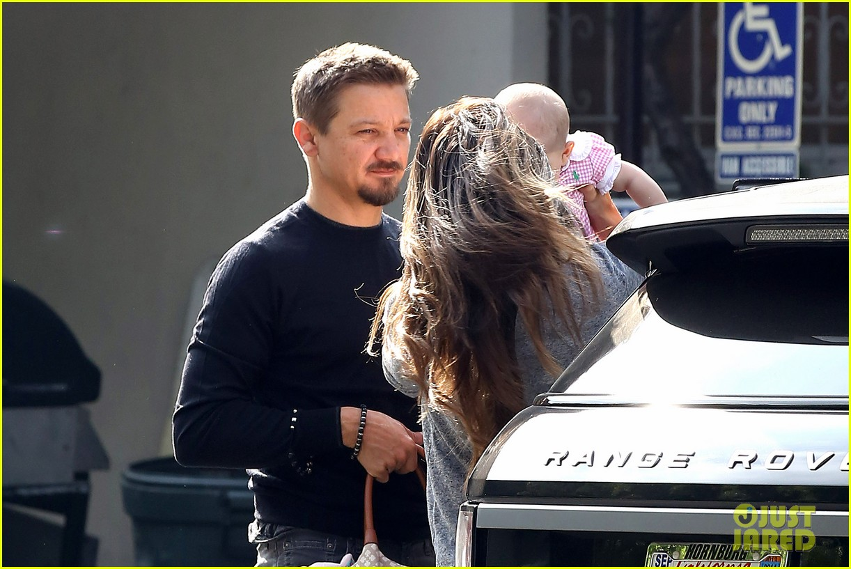 jeremy renner debuts adorable baby ava 112955494
