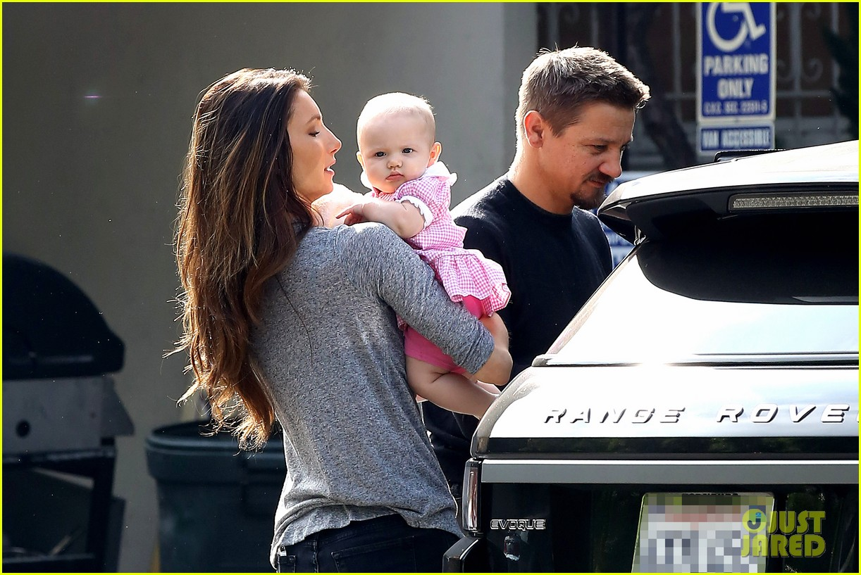 jeremy renner debuts adorable baby ava 152955498
