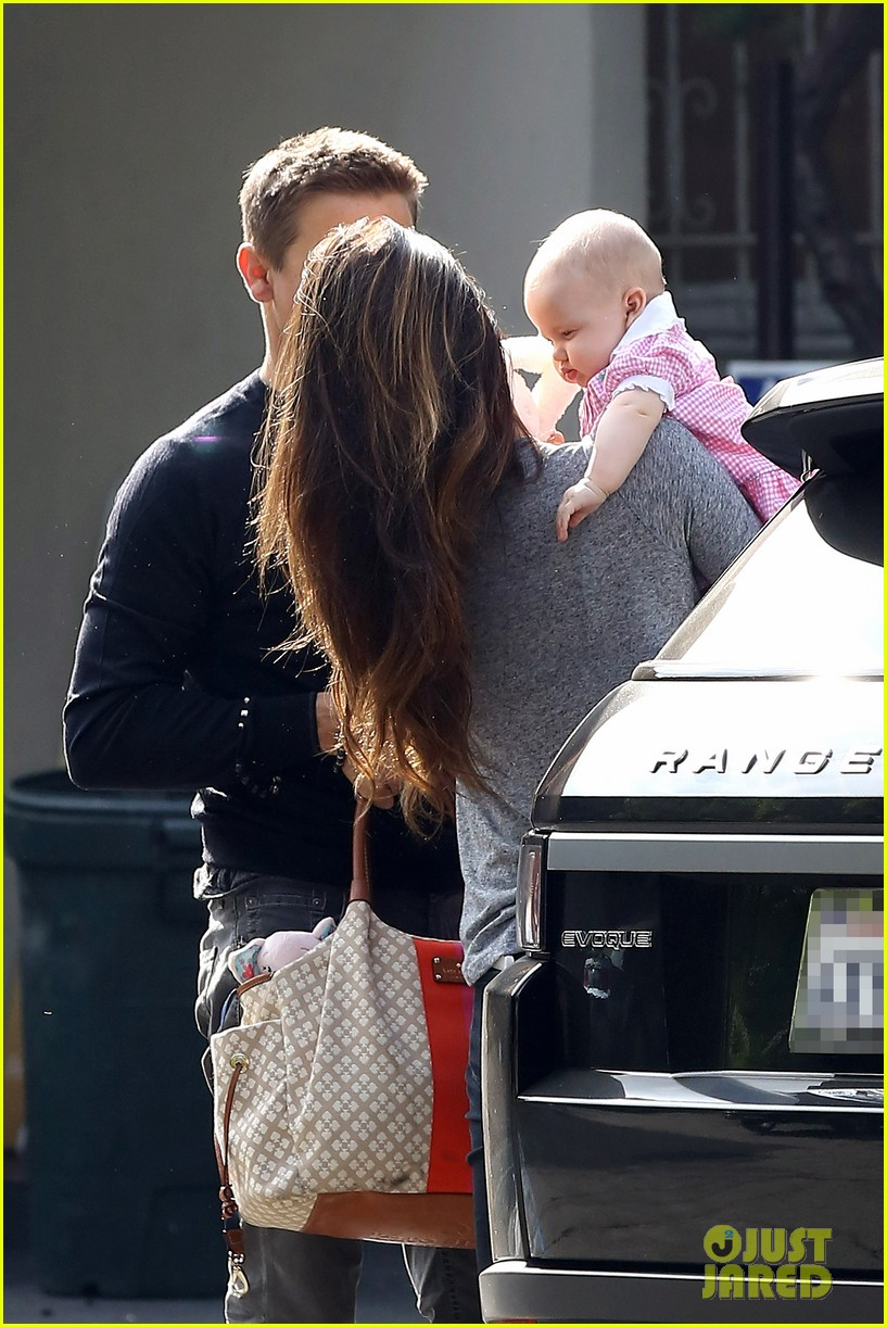 jeremy renner debuts adorable baby ava 232955506