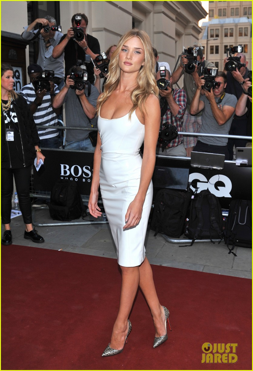 rosie huntington whiteley gq men of the year awards 2013 042943039