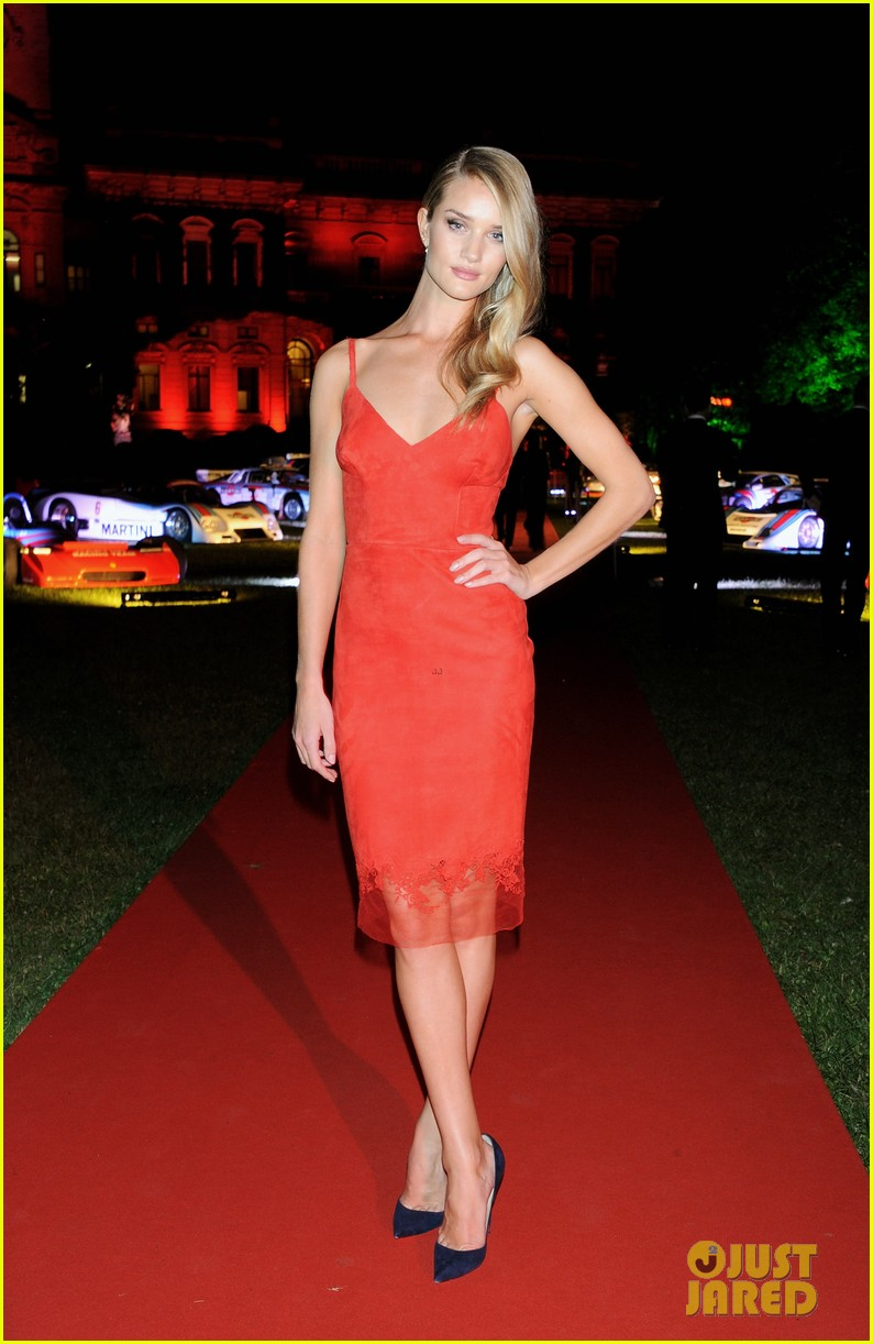 rosie huntington whiteley martini 150th anniversary gala 05