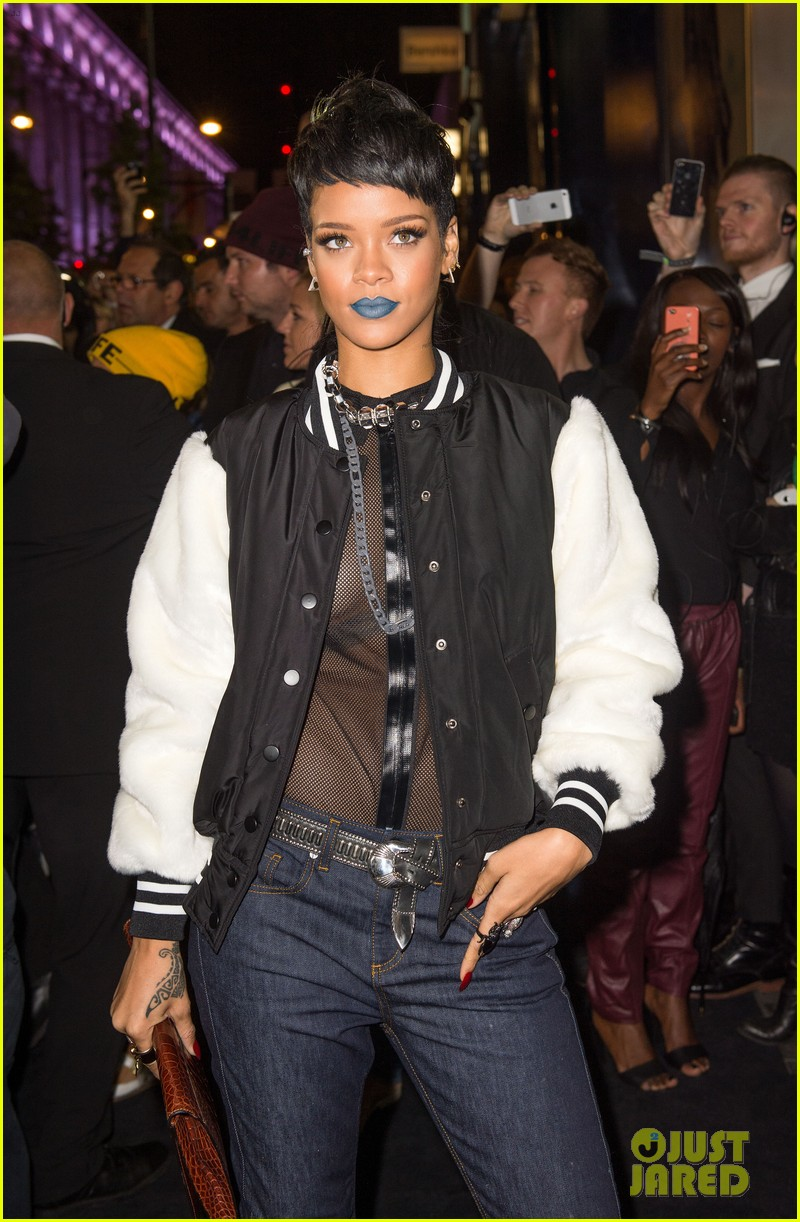 rihanna blue lips for river island collection launch 032949469
